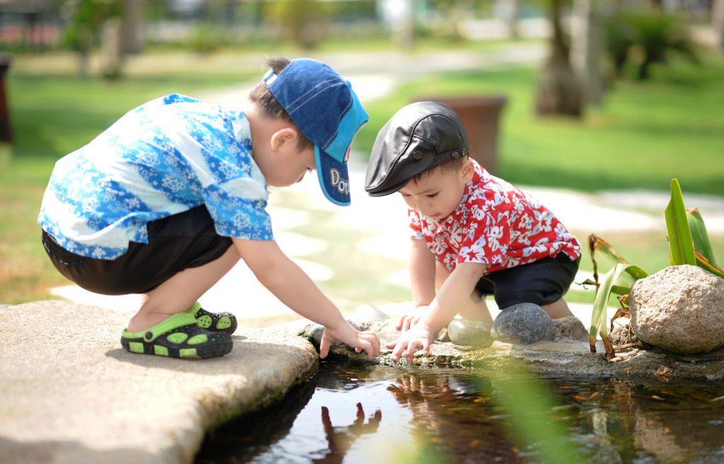 liderazgo-niños-escuela-educacion-kinder-preescolar-maternal-escribir-leer-aprender-jugar