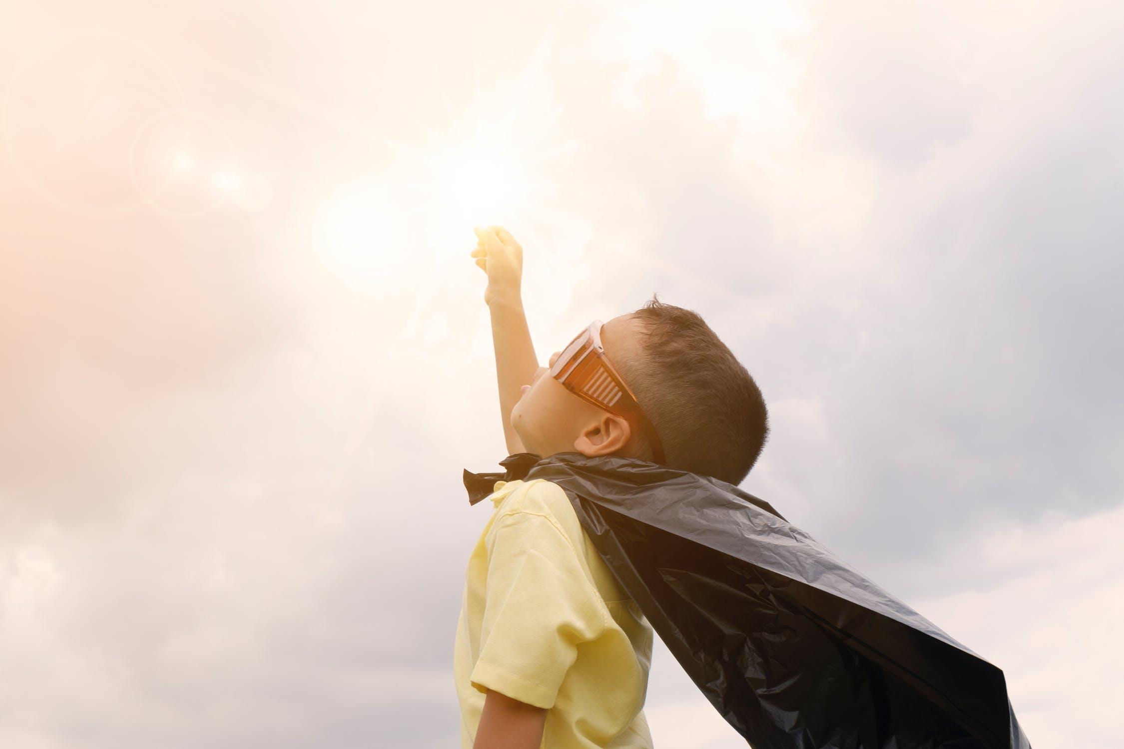 liderazgo-niños-escuela-educacion-kinder-preescolar-maternal-superheroe